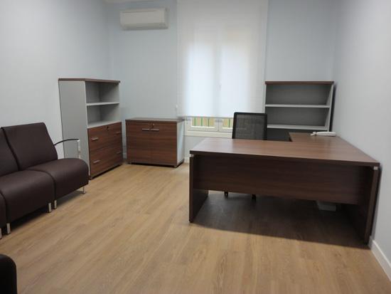 Un nuevo despacho de abogados en madrid una acertada combinaci n de modernidad y clasicismo - Decorar despacho profesional ...