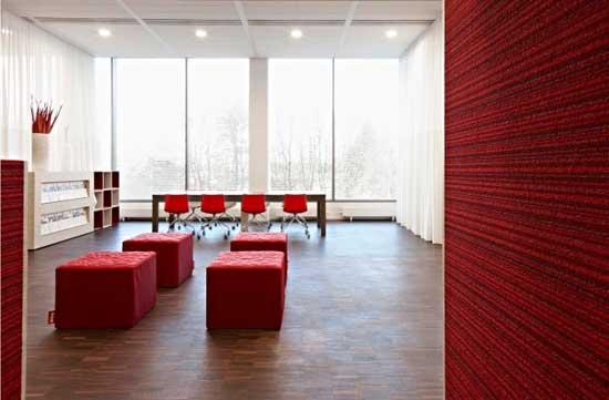 Mobiliario de oficina minimalista eqin estudio for Muebles para oficina estilo minimalista