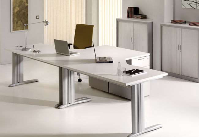 Mesas de oficina neo una acertada propuesta para los for Mesas para oficina precios