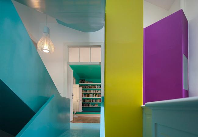 Oficinas creativas paredes con color para dar for Follando en las oficinas