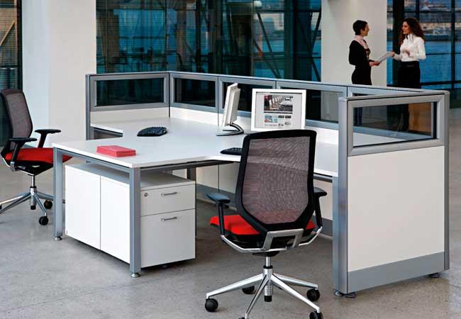 La divisoria d300 optimiza los espacios en los proyectos for Que es mobiliario de oficina