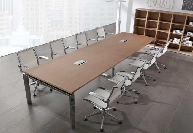 Las mesas de reuni n adquieren cada vez m s importancia en for Mesa de reuniones