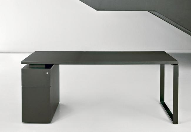 Mesas de oficina mh10 ligereza visual y dise o en su for Mesas para oficina