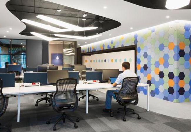 Ideas para la iluminaci n de oficinas espacios de trabajo for Oficina de empleo barcelona
