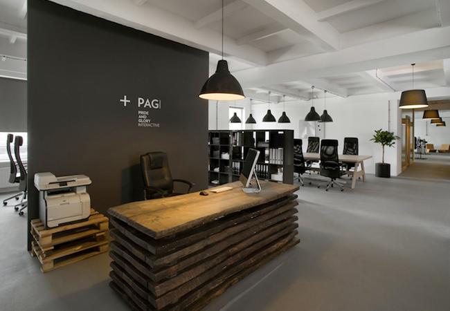 Trucos para reformar oficinas de estilo industrial y for Decoracion recepcion oficina
