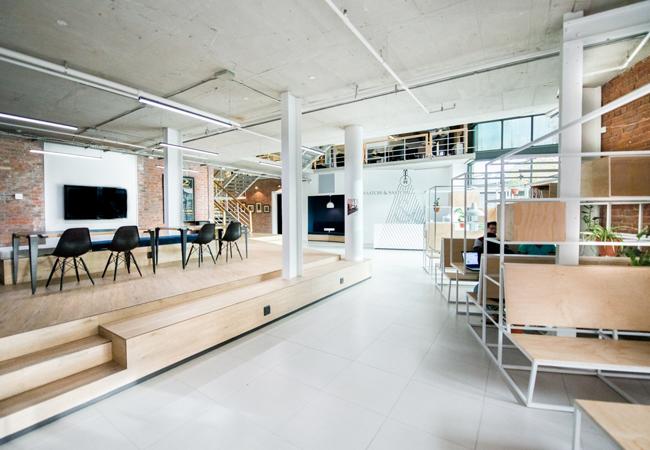 Decoración oficina de publicidad Saatchi & Staachi