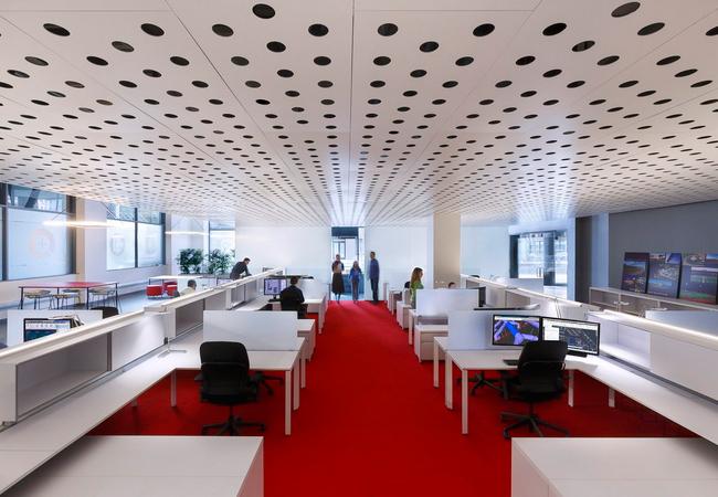 Espacios amplios reformas oficinas coworking