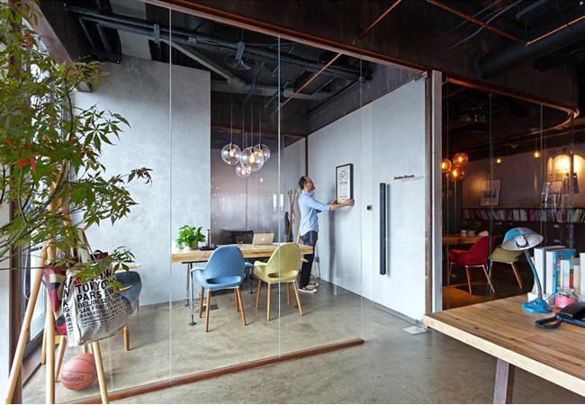 Mamparas de oficina moderna
