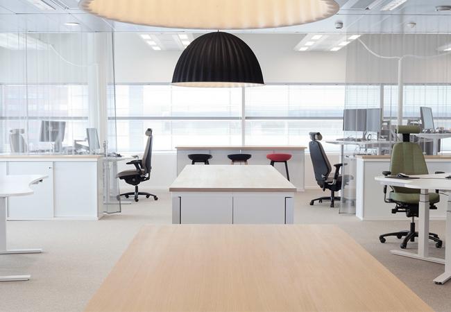Oficinas de estilo n rdico c mo aplicar el interiorismo for Oficinas pequenas minimalistas