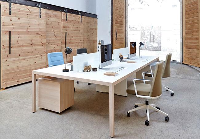 Caracter sticas ergon micas para una mesa de oficina for Mesas para oficinas modernas