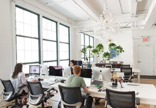 5 elementos clave para un puesto de trabajo en la oficina for Empresa de muebles de oficina