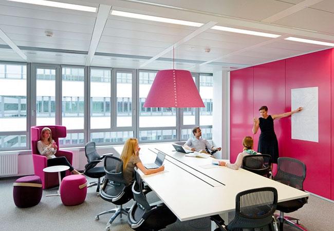 2 Oficinas Modernas De Empresas De Salud Eqin Estudio