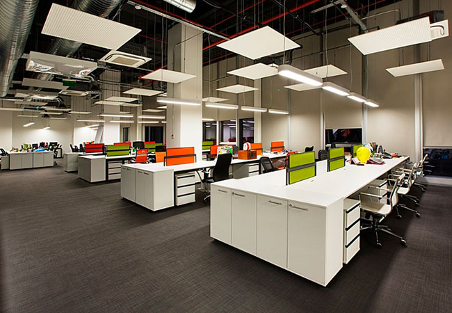 Los beneficios de una buena iluminaci n en la oficina for Trabajar en oficinas de mercadona