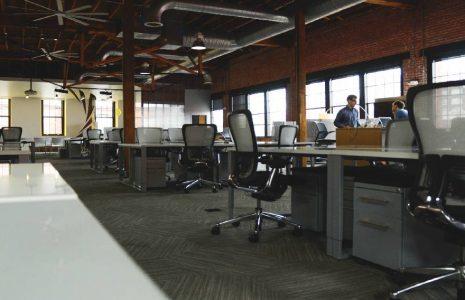 Tu oficina en una nave industrial