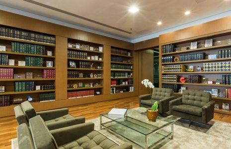 2 buenos ejemplos para el diseño de despachos de abogados