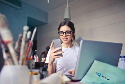 Pros y contras de utilizar el móvil personal en su oficina
