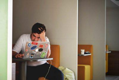¿Su oficina sufre de estrés? Descubra cómo solucionarlo