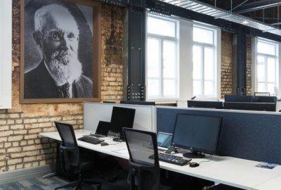 Descubra la reforma de las oficinas al estilo marino de Sanford