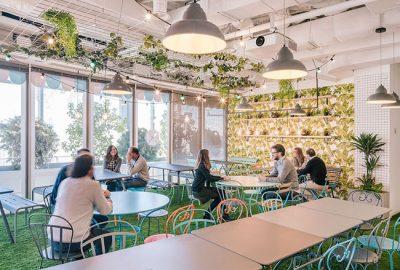 Razones para reformar tu oficina en verano