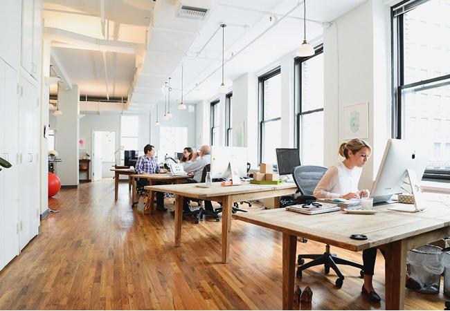 Oficinas de estilo n rdico c mo aplicar el interiorismo for Mobiliario modular para oficina