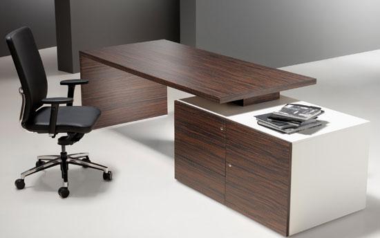 Mesas de oficina Cubo: la elegancia de las líneas puras ...