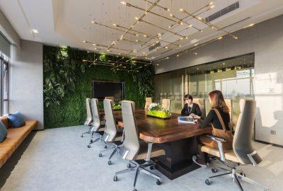 Conozca las oficinas de la compañía de productos naturales Dplus Global