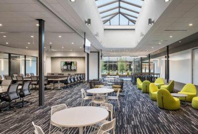 Descubra el nuevo diseño de oficinas en SharkNinja