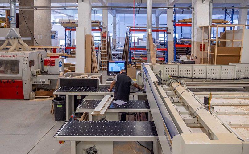 fabrica propia de madera y aluminio
