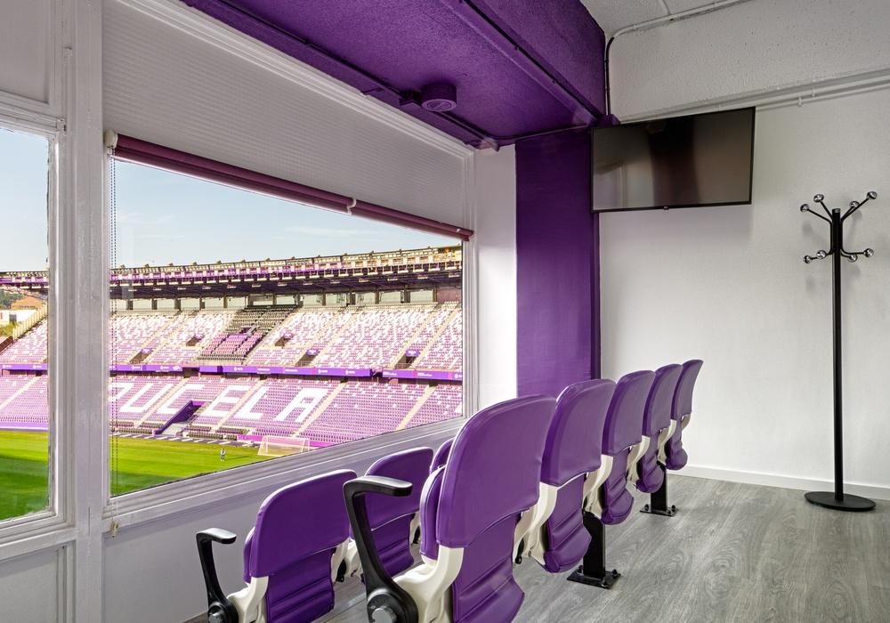 tv en los palcos vip del real club valladolid
