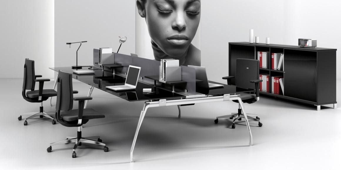 mesa operativa de cristal