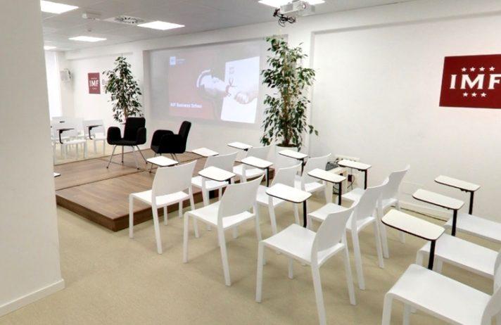 Estructura, diseño de instalaciones y mobiliario