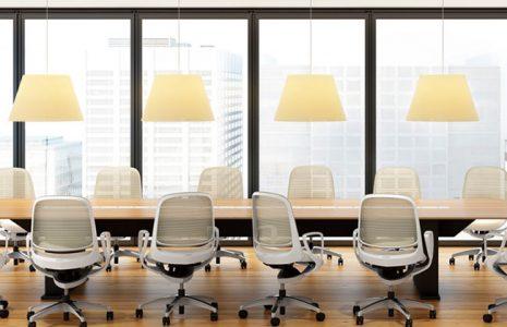 Sillas de oficina Okamura para zonas operativas