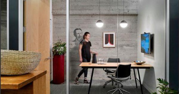 Beneficios de las mamparas de oficina de cristal - Equipamiento integral de oficinas ...