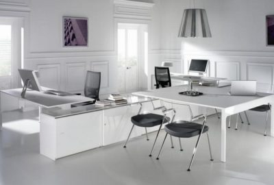 3 modelos de salas de reuniones para su oficina