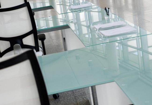 Mesas de oficina de Cristal y Muebles de oficina de Cristal