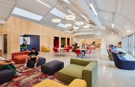 Descubra las tendencias en reformas de oficinas de este verano