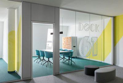 Mamparas de cristal de oficinas: 3 claves fundamentales