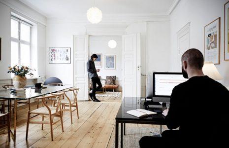 5 elementos clave para un puesto de trabajo en la oficina