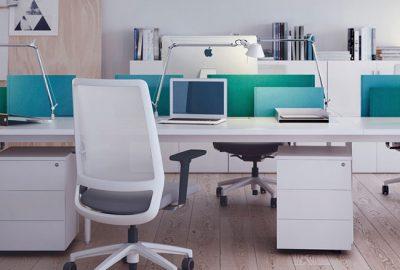 Elija el mejor separador de puestos para su oficina