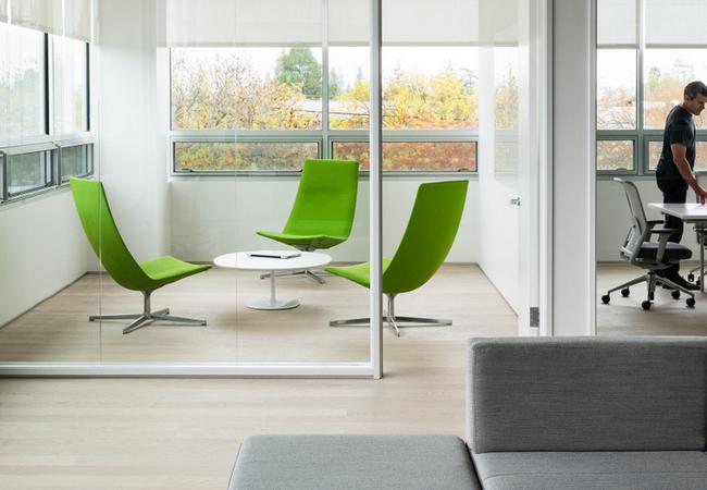 Soluciones para salas de reuni n de peque as dimensiones equipamiento integral de oficinas - Como decorar una salita ...