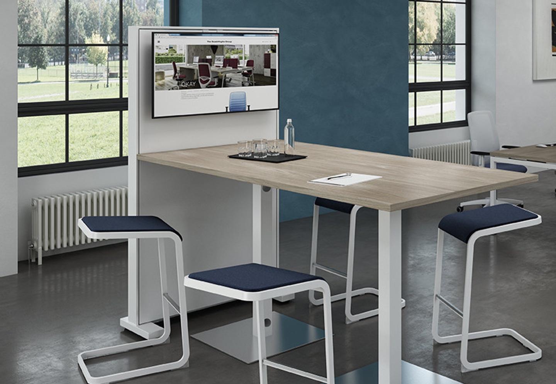 tv box mesa de reunión